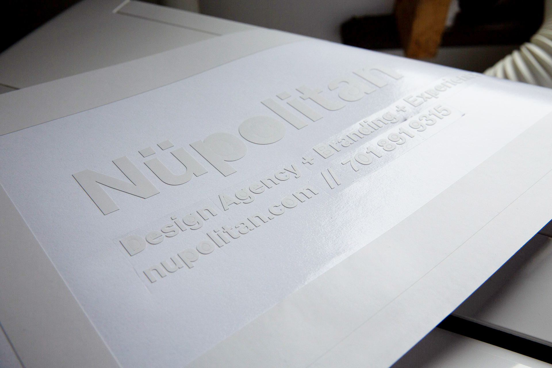 White vinyl for Nüpolitan window sign before application